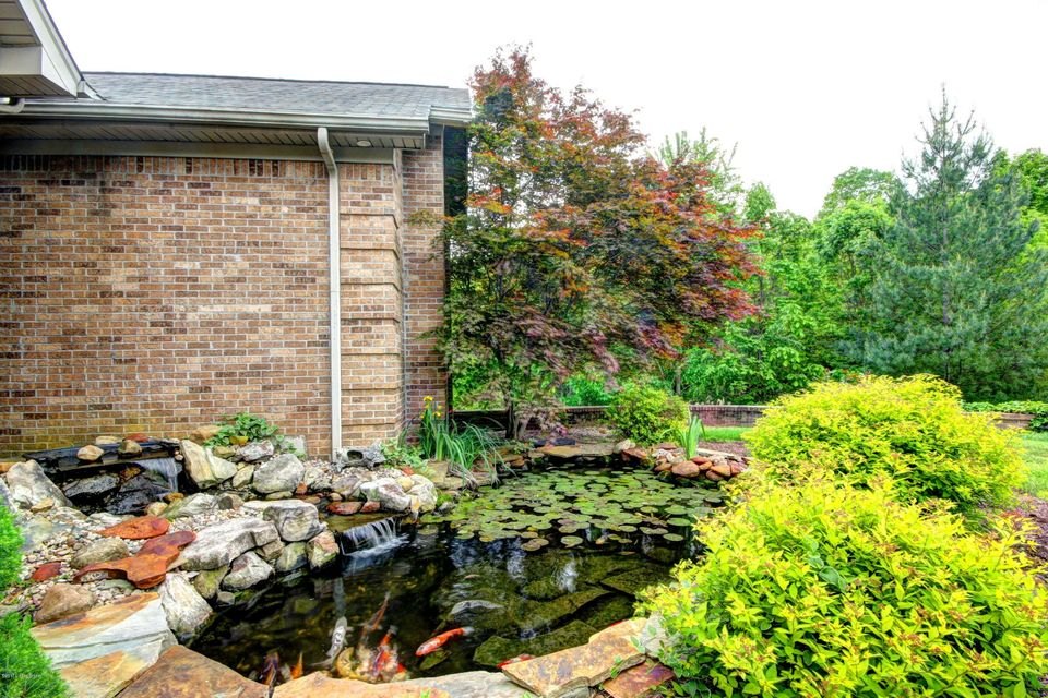 Additional photo for property listing at 622 Timber Ridge  Borden, Indiana 47106 United States