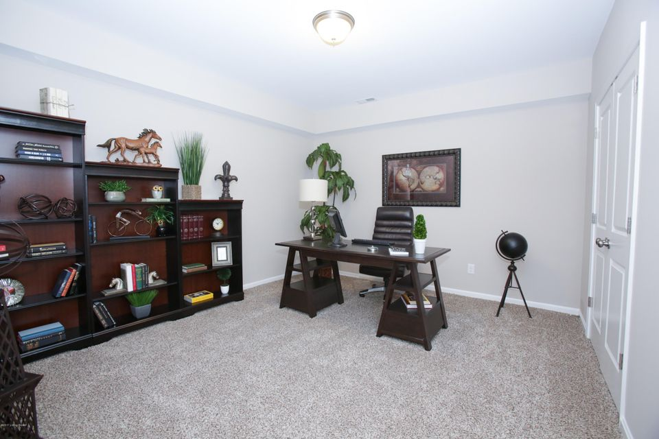 Additional photo for property listing at 3400 Reserve Pkwy  La Grange, Kentucky 40031 United States