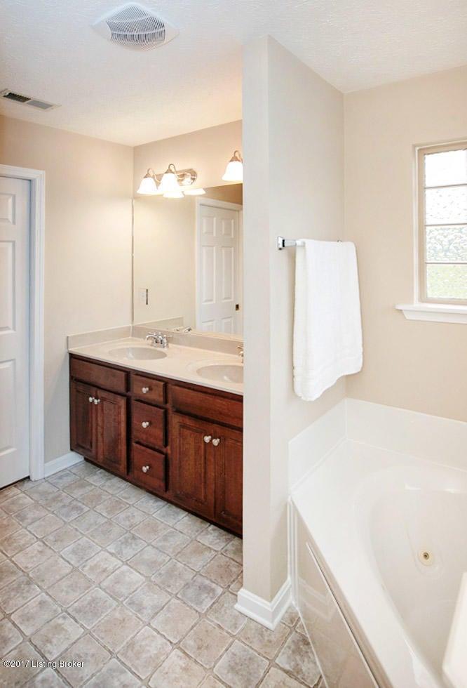 Additional photo for property listing at 168 Mallard Trail  Shepherdsville, Kentucky 40165 United States