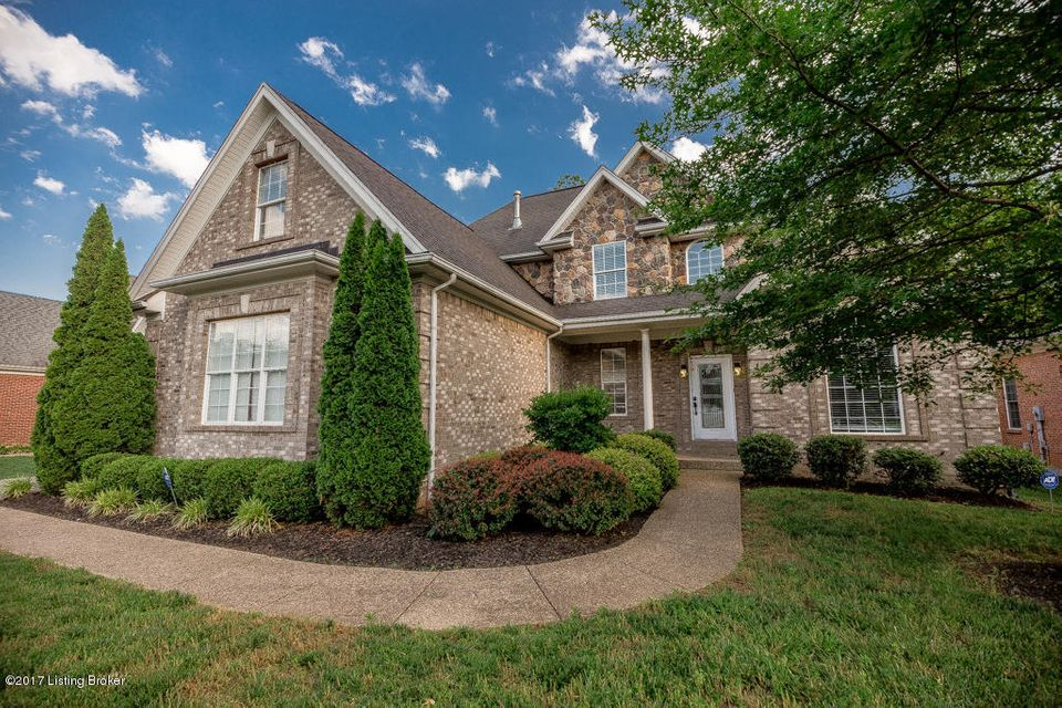 Additional photo for property listing at 13516 Oliver Station Court  Louisville, Kentucky 40245 United States