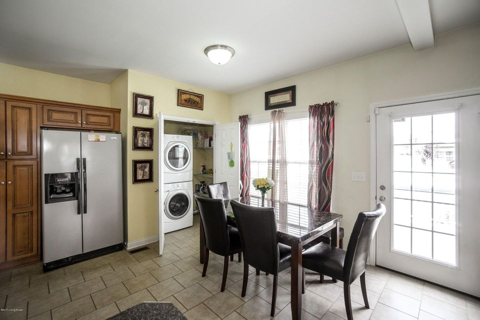 Additional photo for property listing at 346 Vineland Pl Drive 346 Vineland Pl Drive Vine Grove, Kentucky 40175 United States
