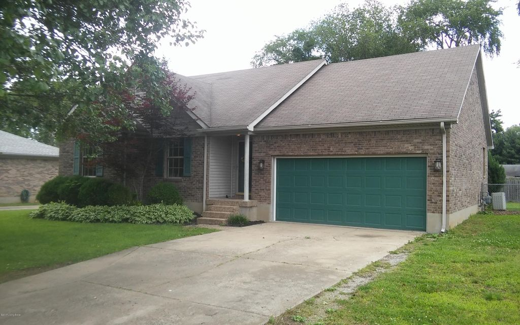 Single Family Home for Sale at 254 Butterfly Lane Louisville, Kentucky 40229 United States
