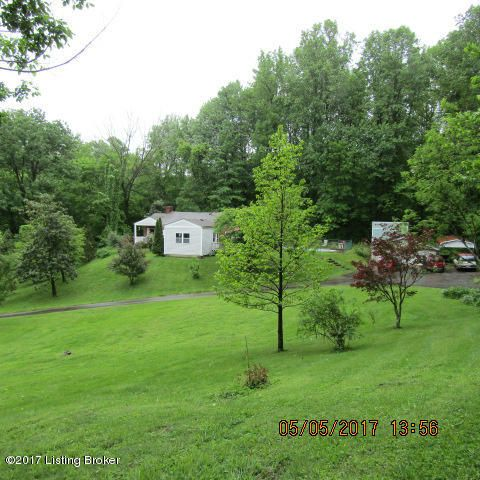 Additional photo for property listing at 4610 E Pages 4610 E Pages Louisville, Kentucky 40272 United States