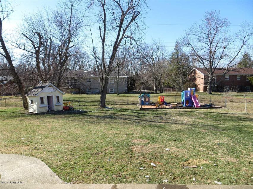 Additional photo for property listing at 791 Cheyenne Road  Radcliff, Kentucky 40160 United States