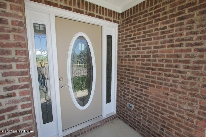 Additional photo for property listing at 5004 Pebble Beach Court  Lawrenceburg, Kentucky 40342 United States