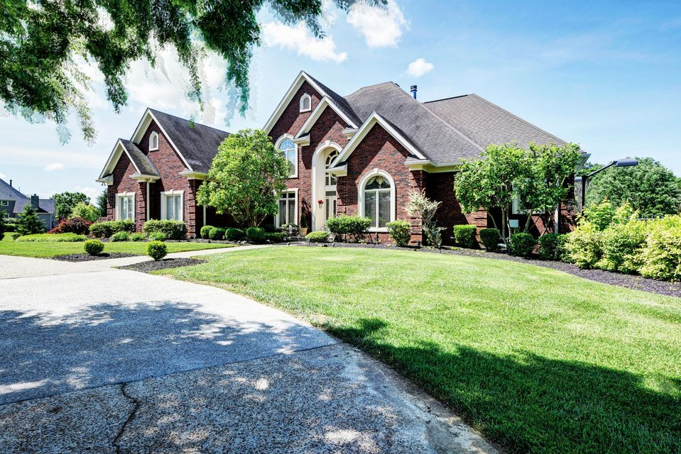 Additional photo for property listing at 18440 Bridgemore Lane  Louisville, Kentucky 40245 United States
