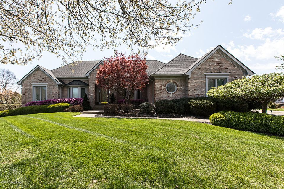 Single Family Home for Sale at 8202 Harrods View Court Prospect, Kentucky 40059 United States