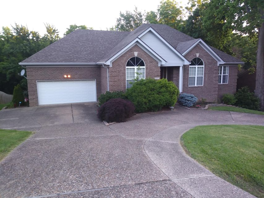 Single Family Home for Sale at 8317 Stillmeadow Drive 8317 Stillmeadow Drive Louisville, Kentucky 40299 United States
