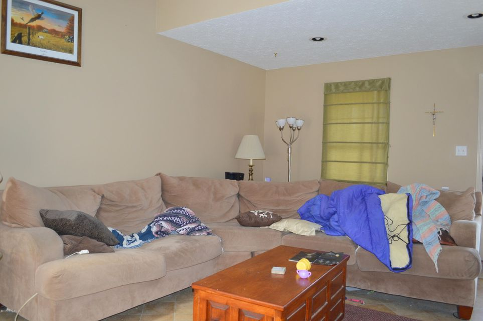 Additional photo for property listing at 6501 Rod n Reel Court  Louisville, Kentucky 40229 United States