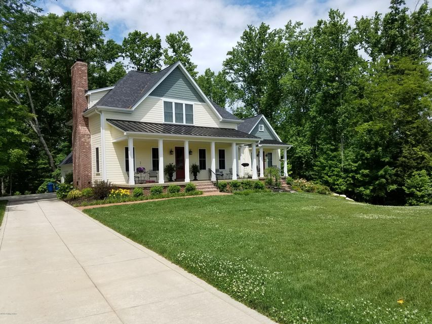 Additional photo for property listing at 2912 Darby Creek Drive 2912 Darby Creek Drive Crestwood, Kentucky 40014 United States