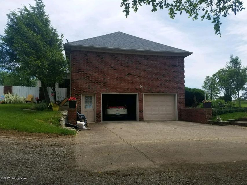 Additional photo for property listing at 510 Popes Corner Road  Shelbyville, Kentucky 40065 United States