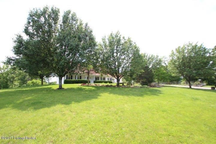 Additional photo for property listing at 1390 Buntain School Road 1390 Buntain School Road Lawrenceburg, Kentucky 40342 United States