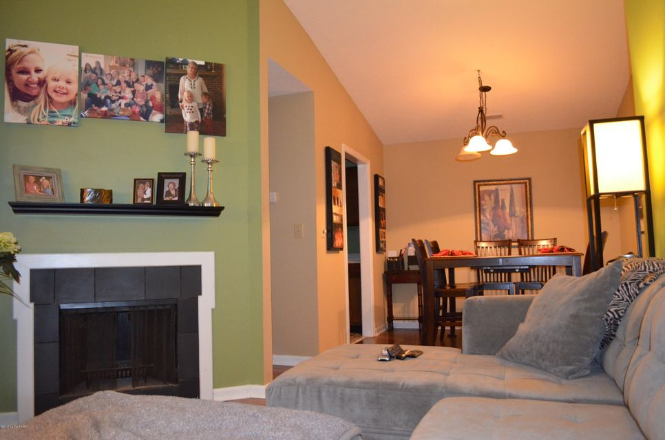 Additional photo for property listing at 108 Norwood Drive  Louisville, Kentucky 40222 United States