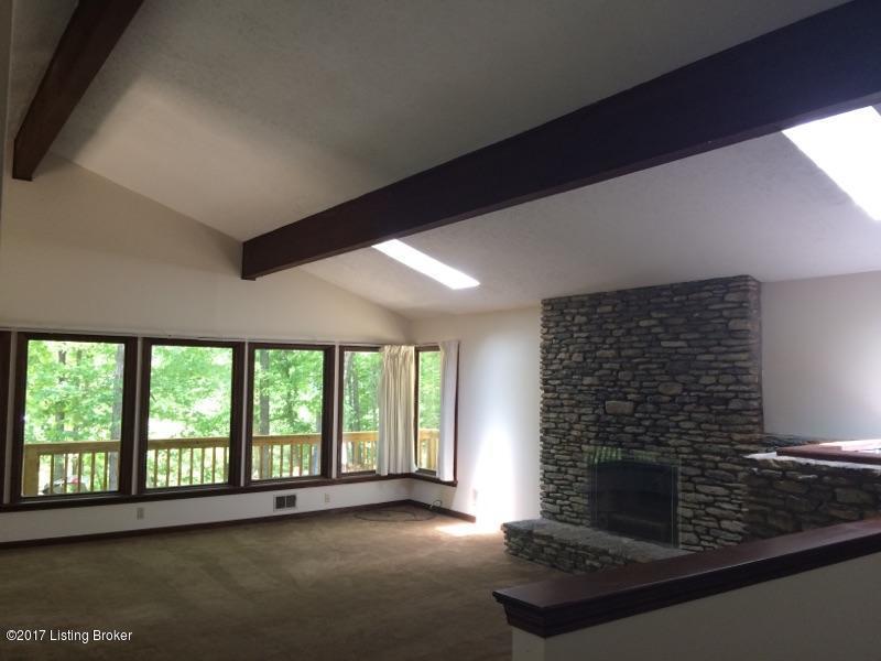Additional photo for property listing at 3505 W Dogwood Circle 3505 W Dogwood Circle La Grange, Kentucky 40031 United States