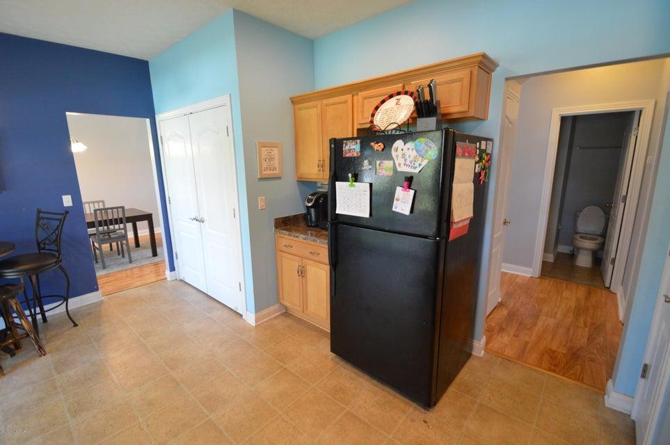 Additional photo for property listing at 149 Grand Oak Blvd  Shepherdsville, Kentucky 40165 United States