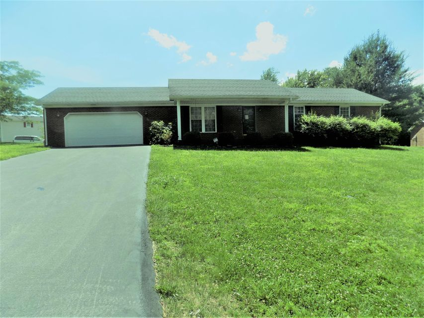 Single Family Home for Sale at 345 Holly Lane Munfordville, Kentucky 42765 United States