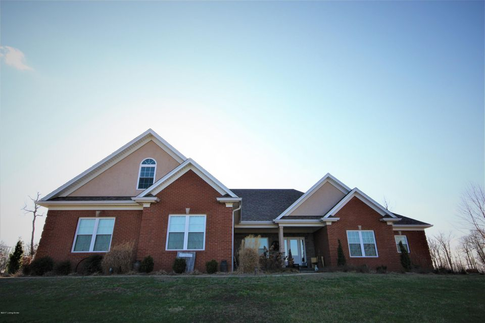 Single Family Home for Sale at 1099 OAK WOOD Lane Leitchfield, Kentucky 42754 United States