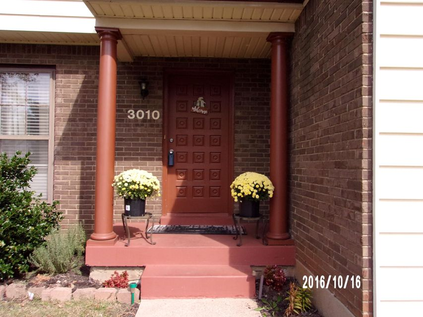 Additional photo for property listing at 3010 Gleeson Lane  Jeffersontown, Kentucky 40299 United States