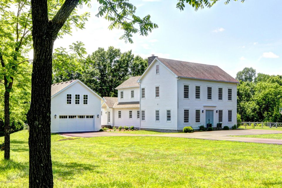 Farm / Ranch / Plantation for Sale at 799 Conner Station Road Simpsonville, Kentucky 40067 United States