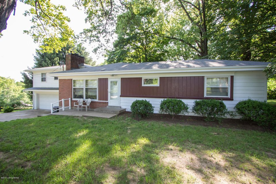 Single Family Home for Sale at 5901 S Watterson Trail Louisville, Kentucky 40291 United States