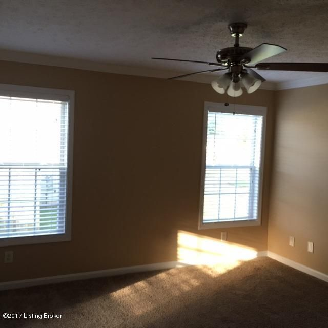 Additional photo for property listing at 10721 Waycross Avenue  Louisville, Kentucky 40229 United States