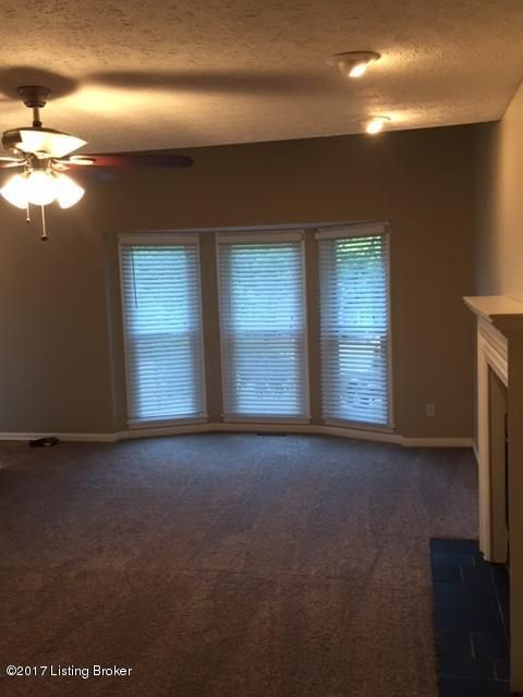 Additional photo for property listing at 4228 Tevoli Drive  Louisville, Kentucky 40272 United States