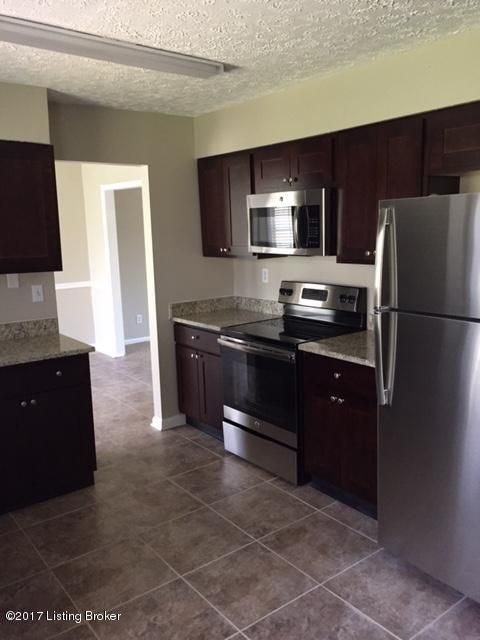 Additional photo for property listing at 4519 Accomack Drive  Louisville, Kentucky 40241 United States