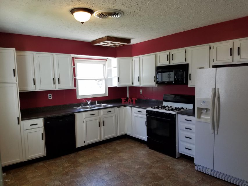 Additional photo for property listing at 3318 Radiance Road  Louisville, Kentucky 40220 United States