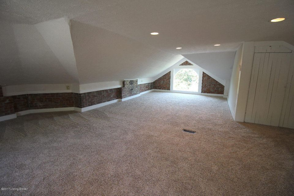 Additional photo for property listing at 1113 S Brook Street  Louisville, Kentucky 40203 United States