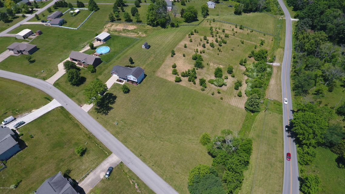 Additional photo for property listing at 3 Whitfield  Taylorsville, Kentucky 40071 United States