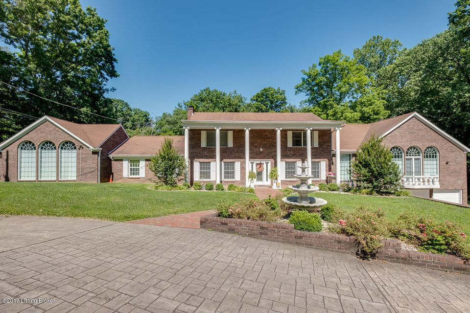 Single Family Home for Sale at 4911 Hickory Hollow Lane 4911 Hickory Hollow Lane Shepherdsville, Kentucky 40165 United States