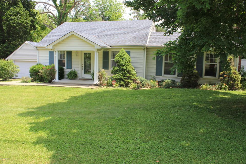 Single Family Home for Sale at 8707 Old Bates Road Louisville, Kentucky 40228 United States