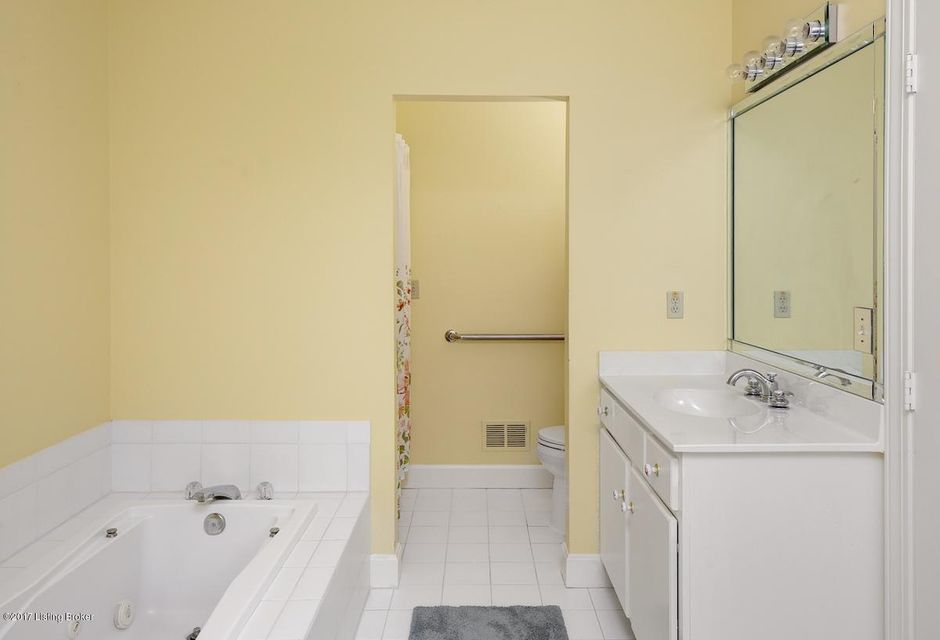 Additional photo for property listing at 16 Brownsboro Hill Road  Louisville, Kentucky 40207 United States