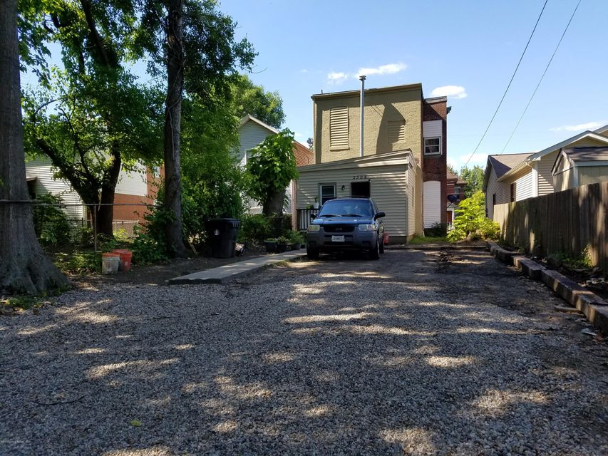 Additional photo for property listing at 2304 Muhammad Ali  Louisville, Kentucky 40212 United States