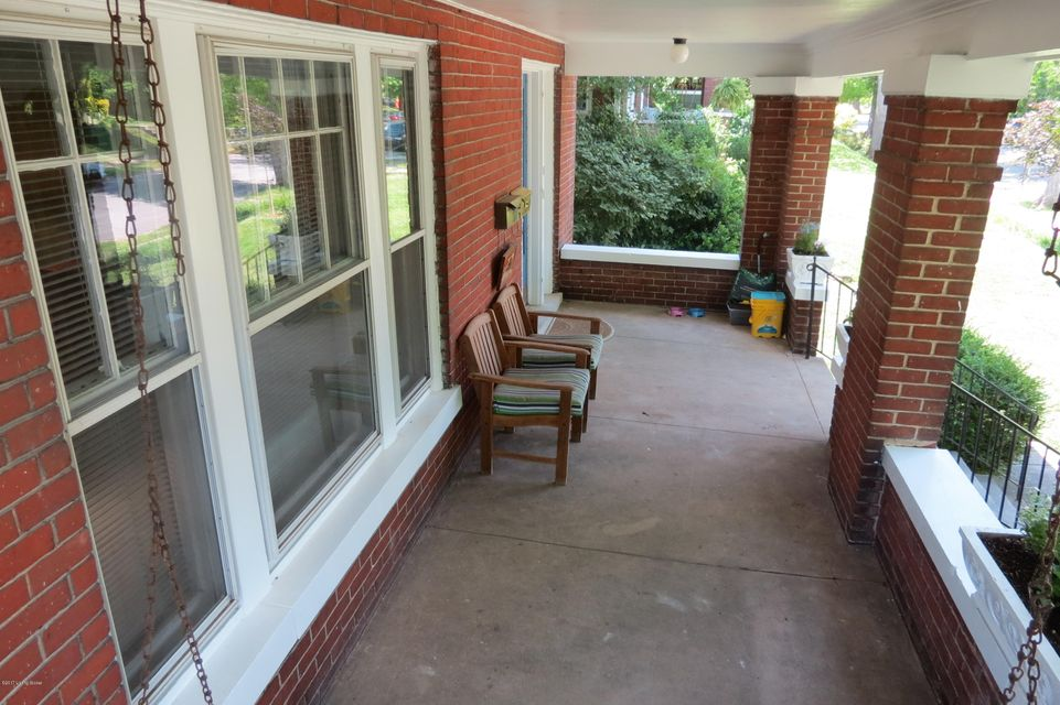 Additional photo for property listing at 2222 Boulevard Napoleon  Louisville, Kentucky 40205 United States