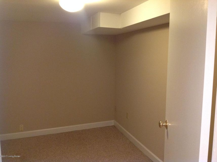 Additional photo for property listing at 305 Merriman Road  Louisville, Kentucky 40207 United States