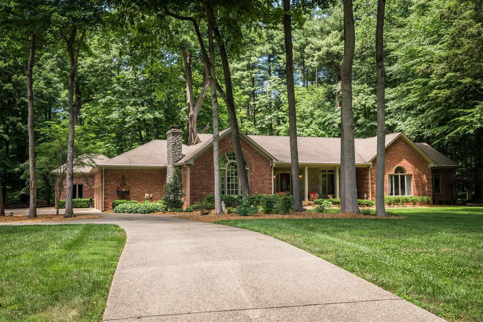 Single Family Home for Sale at 120 Edgewood Way Pewee Valley, Kentucky 40056 United States