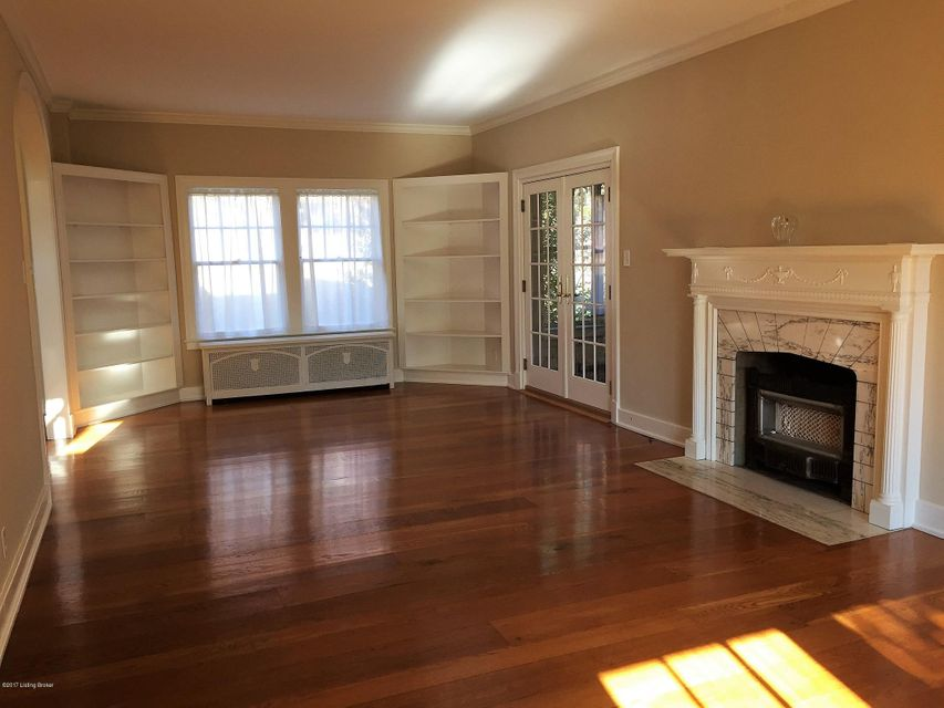 Additional photo for property listing at 2345 Saratoga Drive 2345 Saratoga Drive Louisville, Kentucky 40205 United States
