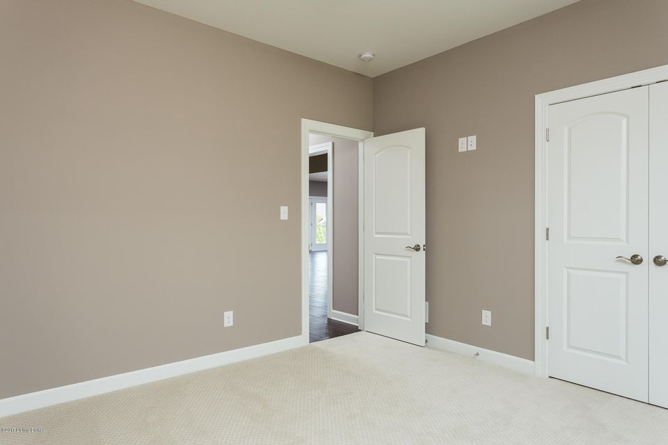 Additional photo for property listing at 11627 Vista Club Drive  Louisville, Kentucky 40291 United States