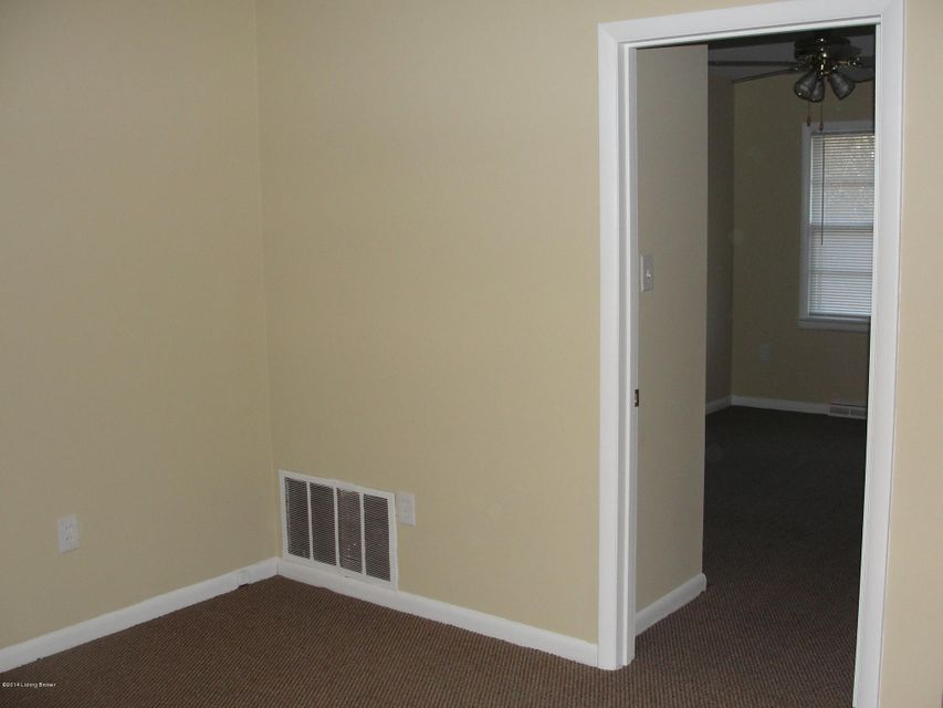 Additional photo for property listing at 4920 KY-1638  Brandenburg, Kentucky 40108 United States