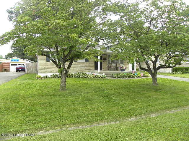 Single Family Home for Sale at 4812 Goepper Road Louisville, Kentucky 40258 United States