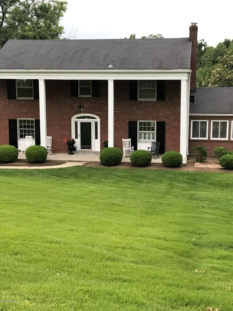 Single Family Home for Sale at 5120 Dunvegan Road Louisville, Kentucky 40222 United States