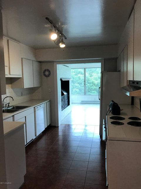 Additional photo for property listing at 5120 Dunvegan Road  Louisville, Kentucky 40222 United States
