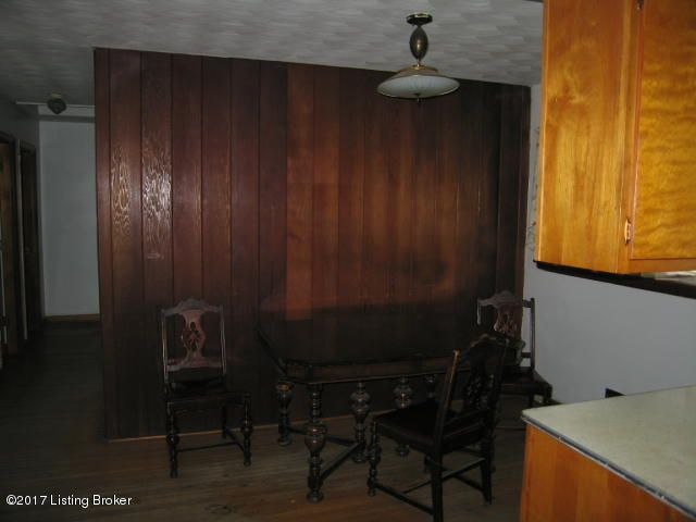 Additional photo for property listing at 4013 Dana Drive  Louisville, Kentucky 40216 United States