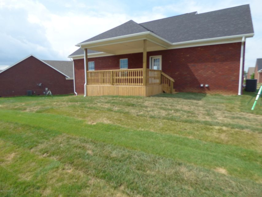 Additional photo for property listing at 151 Poplar Grove Court  Mount Washington, Kentucky 40047 United States