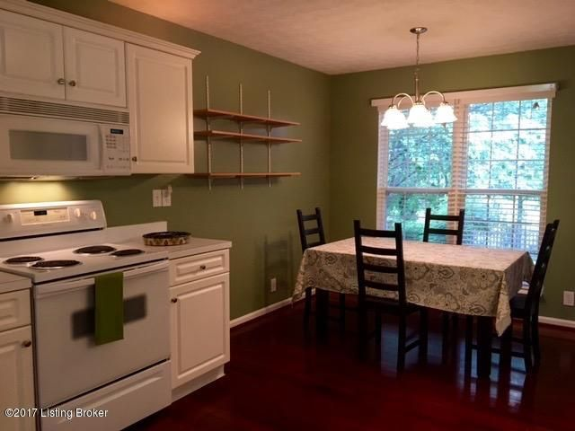 Additional photo for property listing at 9813 Sonrisa Drive  Louisville, Kentucky 40291 United States