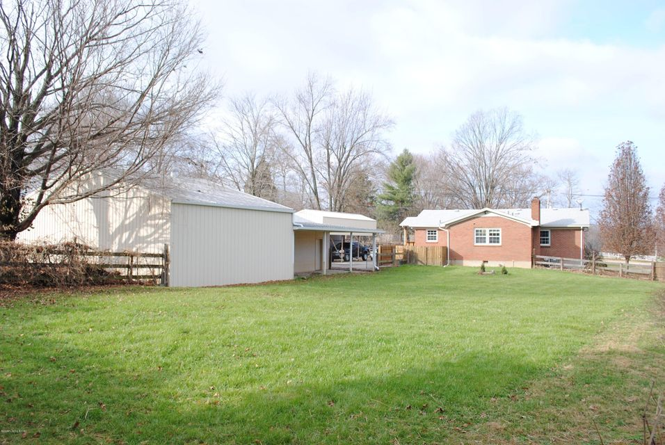 Additional photo for property listing at 7804 E Manslick Road  Louisville, Kentucky 40228 United States