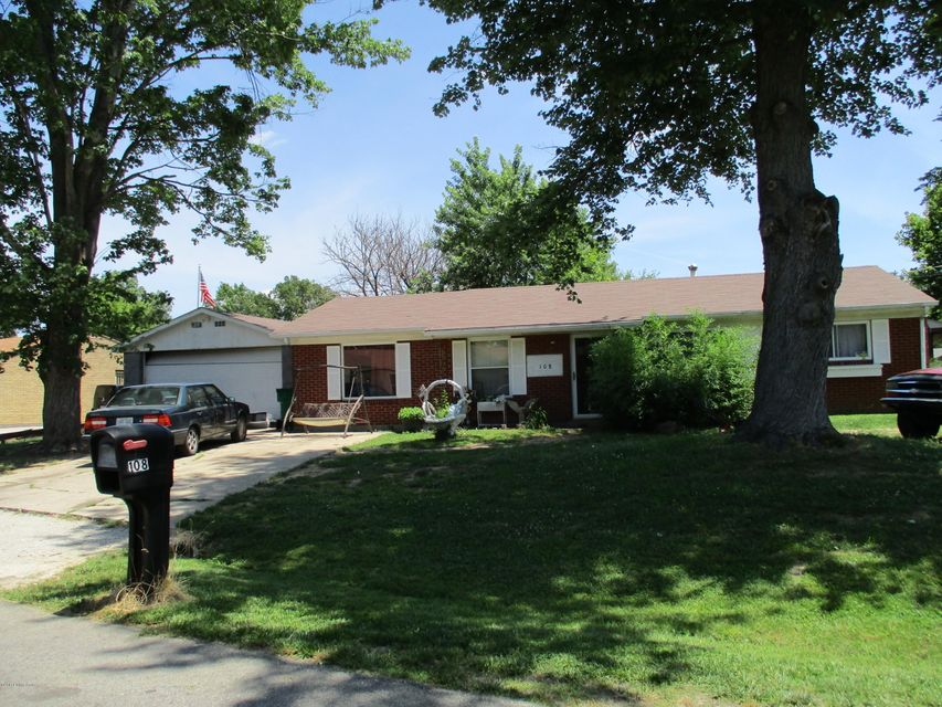 Single Family Home for Sale at 108 N Circlecrest Drive Louisville, Kentucky 40229 United States
