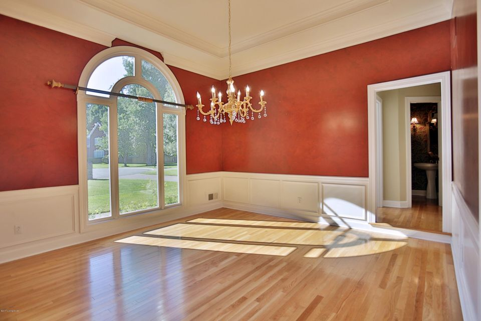 Additional photo for property listing at 15 Anchorage Pointe  Anchorage, Kentucky 40223 United States