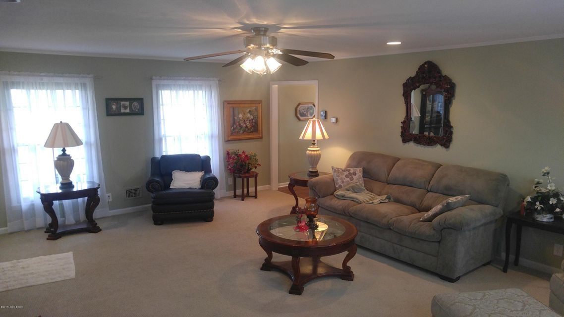Additional photo for property listing at 2903 Elder Park Road  La Grange, Kentucky 40031 United States
